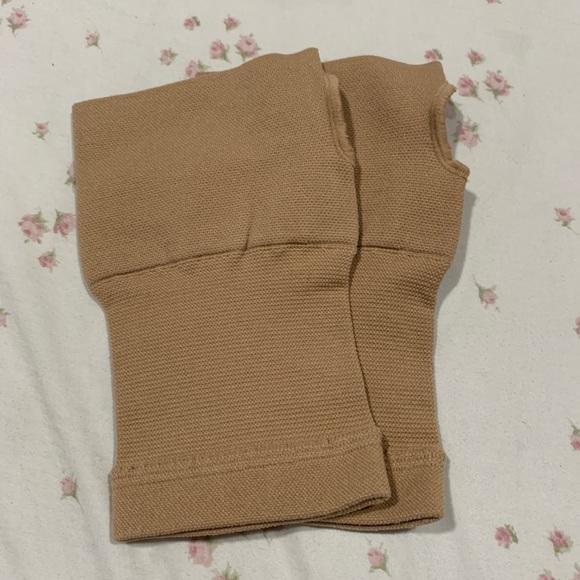 Wrist/hand compression sleeve, 1 pr sz lg